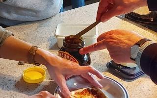 3 spreading marmite hands