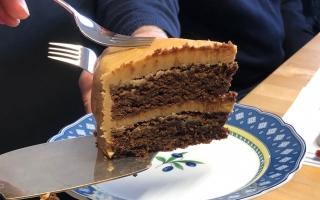 9 cake